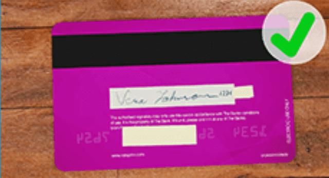 クレジットカード裏面の正しい撮影方法